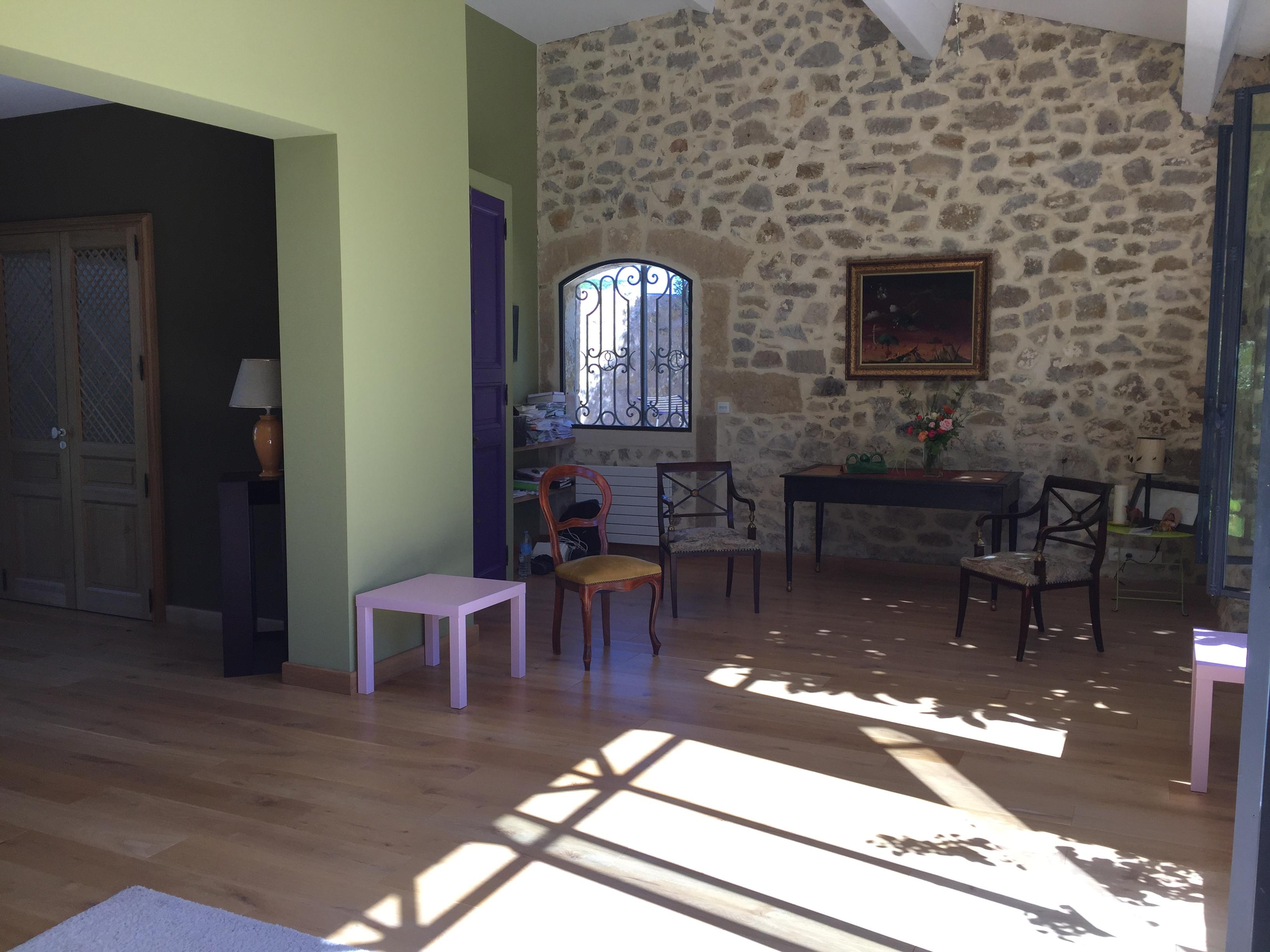 SUR DEMANDE uniquement  - SUITE 70 m2 Accès direct Cour et Piscine chauffée (1 à 4 Pers)